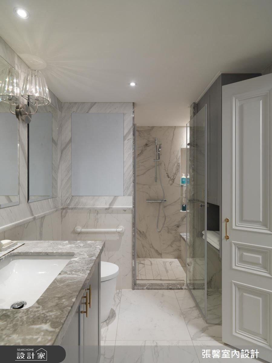 貼近使用習慣的淋浴空間設計,讓居住者有更便利、舒適的生活。